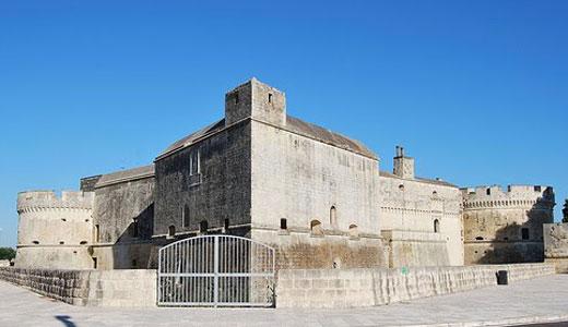Vernole-(LE)_-Castello-Acay