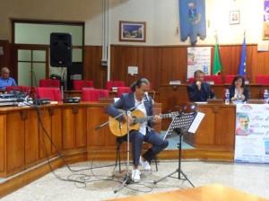 don Tonino Bello:  vescovo scalzo e santo