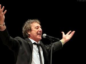 Enzo Iacchetti e Orchestra Magna Grecia ok 2