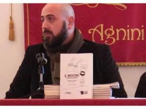 ILVA UN MOSTRO DI RABBIA E AMORE. A SAN GIORGIO L'OPERAIO POETA VINCENZO DE MARCO (1)